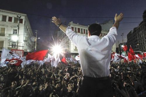 Exit polls put #Syriza ahead and show that the radical left party will probably win these general elections //Élections en Grèce : très légère avance de Tsipras selon les premiers sondages