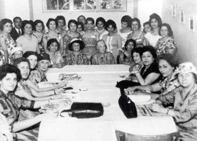 iranian women before revolution
