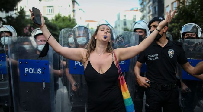 The right of protest in Turkey